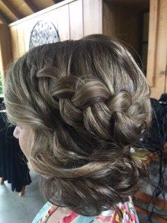 bridal-makeup-hairstyles-3